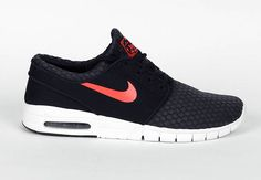 Nike SB Stefan Janoski Max opts to used a new iteration of mesh to adorn their latest Janoski Max of the Nike SB family.