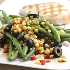 "16	oz Beans, Snap, Green 1	ear, medium (6-3/4"" to 7-1/2"" long) yields Corn, Sweet, Yellow 0.3	medium raw Bell Pepper Red 0.5	medium raw Onion Red 15	olives Mediterranean Specialties Gourmet Black Olives 0.2	cup leaves, whole Basil, Fresh 2	tbsp Olive Oil 2	tbsp Vinegar Balsamic 3	wedge yields Lemon Juice 1	clove Garlic 1	serving Marie Sharp's Grapefruit Pulp Habanero Pepper Sauce 2	dash Pepper, Black 1/4	tsp Salt"