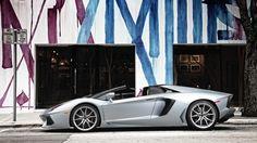 Lamborghini Aventador LP 700 4 Roadster Wallpaper