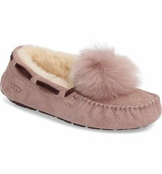 A flexible rubber sole adds indoor/outdoor versatility to a cozy slipper from UGG®, finished with a playful genuine-shearling pompom at the toe. Madewell Tote, Pom Pom Slippers, Shearling Slippers, Best Running Shoes, Soft Suede, Womens Slippers, Ugg Shoes, Bag Accessories, Uggs