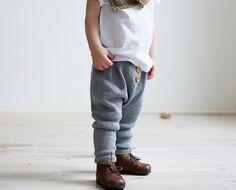 Baggy Trousers (€ 7) – Ministrikk DA