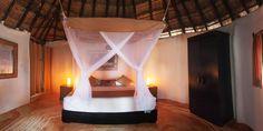 La Zebra Master Suite Bed