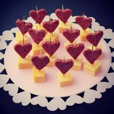 Nothing found for Liefdevol Borrelhapje Van Kaas En Salami Meat & Cheese Valentine Appetizers (picture only) cheese and heart salami.for Tea Party 2018 (Alines /(ham or liver wurst & cheese! Salami cut with cookie cutters. Cute Food, Good Food, Funny Food, Tapas, Appetizer Recipes, Appetizers, Salami Appetizer, Valentines Day Food, Valentine Hearts