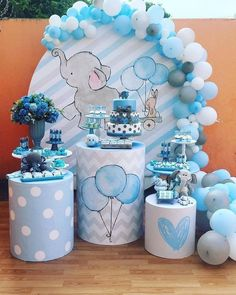 Baby Shower Centerpieces – Standout With Creative Baby Shower Decorations Cadeau Baby Shower, Idee Baby Shower, Baby Shower Cakes, Baby Boy Shower, Baby Shower Decorations For Boys, Boy Baby Shower Themes, Baby Shower Balloons, Elephant Baby Shower Centerpieces, Baby Elefant