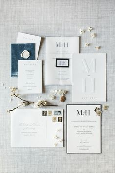 What Harry And Meghan's Wedding Might Look Like If They Eloped Classic wedding invitations. Loving this elegant and classy monogrammed wedding invitation suite Elegant Wedding Invitations, Watercolor Wedding Invitations, Wedding Invitation Wording, Invitation Cards, Classic Wedding Stationery, Monogram Wedding Invitations, Invites, Harry And Meghan Wedding, Wedding Cards