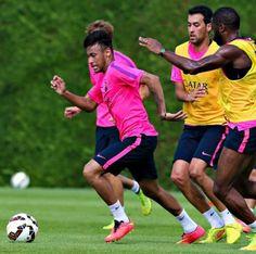 Neymar and teammates training 12.08.14