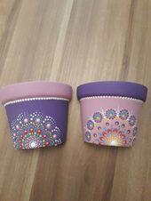 Flower Pot Art, Flower Pot Design, Flower Pot Crafts, Clay Pot Crafts, Painted Plant Pots, Painted Flower Pots, Painted Pebbles, Dot Art Painting, Pebble Painting