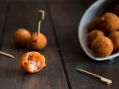 Ham and cheese balls – World Food Nutella, Italian Starters, Biscotti, Arancini, Party Finger Foods, Mini Foods, Ham And Cheese, Cheese Ball, French Food