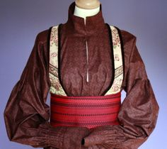 Norwegian Beltestakk - idea for Aeirdian dress. this is perfect for the top! Folk Costume, Costumes, Going Out Of Business, Traditional Dresses, Vintage Photos, Norway, Bridal Dresses, Two By Two, How To Wear