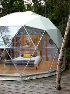 Glamping Dome Tent – Pacific Domes Glamping Dome Tent Luxury camping in a glamping dome is good as it looks. Wood Houses, Camping Con Glamour, Geodesic Dome Homes, Greenhouse Interiors, Dome Tent, Dome House, Camping Glamping, Luxury Camping Tents, Cabana