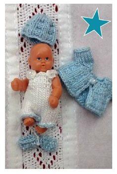 """Puppenkleidung Miniatur """" Kleidungs-Set """"  4-teilig  Handarbeit 4,5 cm Püppchen"""