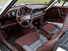 porsche 959 brown and grey interior