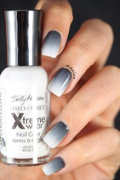 Ideas for Ombre Nails That Will Glam Your Look ★ See more: http://glaminati.com/ombre-nails-designs/