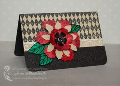 Big red flower card (Sizzix floral die). Colors: beige, black, red and emerald.