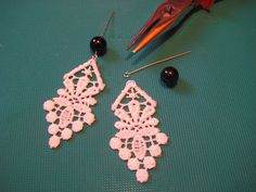 DIY Lace Earrings (so simple, must try!)