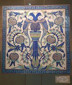 Turkish Art, Turkish Tiles, Tile Murals, Tile Art, Tile Floor Diy, Islamic Tiles, Painting Tile Floors, Antique Tiles, Ottoman