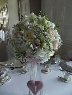 Kaye Souter Wedding Flowers