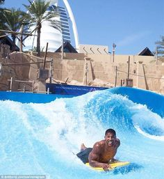 Boxing star Anthony Joshua, went bodyboarding on a wave simulator in Dubai on Friday Boxing Anthony Joshua, Indian Yoga, Boxing Fight, 28 Years Old, Guy Drawing, Kung Fu, Beautiful Beaches, Martial Arts, The Good Place