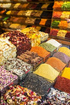 Spices in Istanbul´s Grand Bazaar by Maja Topcagic - Stocksy United Grand Bazaar Istanbul, Leaf Vegetable, Handmade Lamps, Spices And Herbs, Turkish Recipes, Istanbul Turkey, Color Of Life, Grocery Store, Herbalism
