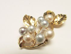 Vintage Estate Ming's of Honolulu  14K 8 Pearl Brooch  by Alohamemorabilia