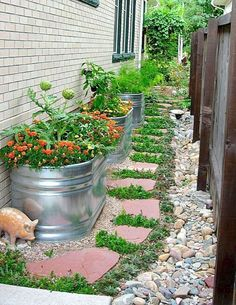 32 Interesting Side Yard Garden Design Ideas And Remodel. If you are looking for Side Yard Garden Design Ideas And Remodel, You come to the right place. Below are the Side Yard Garden Design Ideas An. Side Yard Landscaping, Backyard Landscaping, Landscaping Ideas, Backyard Designs, Backyard Ideas, Inexpensive Landscaping, Pool Ideas, Patio Ideas, Garden Spaces