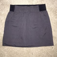 gap mini skirt  Adorable and comfy Gap skirt size M. Never worn, excellent condition. Making room in my closets. Smoke and pet free home. If you have any questions feel free to ask. GAP Skirts Mini