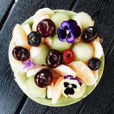 Yesterday's fruitsalad 🍈🍒 @albertheijnbelgie  .  .  .  .  .  #melon #dinomeloen #fruitbowl #melonbowl #fruitsnack #fruitsalad #flowers #teopical #summer #vitamines #studyfood #blokfood #blokfoodies #instagrammer #igers #blogger #belgianblogger #instafood #foodpic #vsco #vscocam