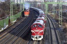 Vonatünnep volt Tapolcán, ismét összegyűltek a hazai Nohab mozdonyok 4 Art Transportation, Train Truck, Diesel, Trucks, Paths, Train, Vehicles, Track, Diesel Fuel