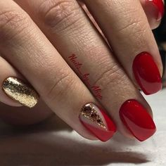 Classic red nails Festive nails Foil nail art Long nails Nails trends 2018 Plain nails Red and gold nails Vivid nails Red Nail Designs, Best Nail Art Designs, Acrylic Nail Designs, Acrylic Nails, Red And Gold Nails, Red Nails, Glitter Nails, Red Gold, Red Glitter