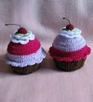 Resultado de imagem para como fazer cupcake de croche