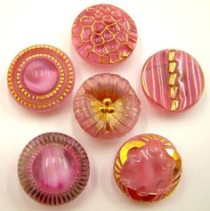 6 x 18-19mm Vintage Lilac-Pink Moonglow Glass Buttons