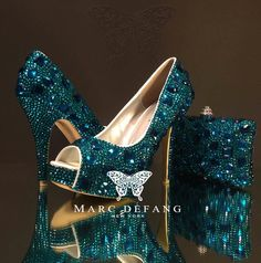 Peacock blue crystal snow diamond frost Luxury Heels & Purse SET.