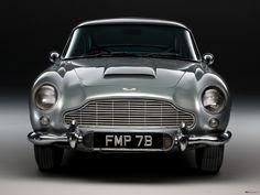 Bond Aston Martin