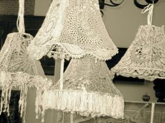 lace and crochet lampshades Lace Lampshade, Crochet Lampshade, Lampshades, Crochet Art, Crochet Home, Crochet Crafts, Shabby Chic Lamp Shades, I Love Lamp, Chandelier Lamp