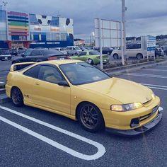 Honda Integra Type R don't like the color but hell of a nice car Honda Crx, Honda Civic, Tokyo Drift Cars, Honda Accord, Integra Type R, Japanese Domestic Market, Subaru, Honda Prelude, Acura Tsx