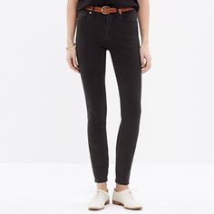 Shop Women's Madewell Black size 27 Skinny at a discounted price at Poshmark. Description: Madewell High Riser Skinny in Lunar wash. Worn with love. Slim Jeans, High Jeans, Skinny Jeans, Only Jeans, Moda Casual, Flare Jeans, Madewell, Look, Denim