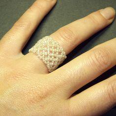 anello con cristalli di boemia