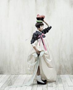 """Vogue Korea / fashion editorials with traditional dresses """"Hanbok"""" / photographer: Kim Kyung Soo Vogue Korea, Vogue Japan, Korean Dress, Korean Outfits, Mode Outfits, Korean Fashion Trends, Asian Fashion, Look Fashion, Korea Fashion"""