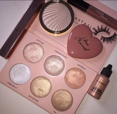 51 Pretty Makeup Products That You Should Try Now - Hair and Beauty eye makeup Ideas To Try - Nail Art Design Ideas Pretty Makeup, Love Makeup, Makeup Inspo, Makeup Inspiration, Bb Beauty, Beauty Makeup, Makeup Goals, Makeup Tips, Skin Makeup