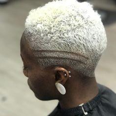 Short Fade Haircut, Natural Hair Styles, Short Hair Styles, Short Hair Model, Platinum Blonde Hair, Black Women Hairstyles, Looking For Women, Hair Cuts, Hair Models