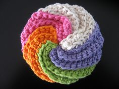 Another crocheted spiral scrubby, showing the spiral design ...