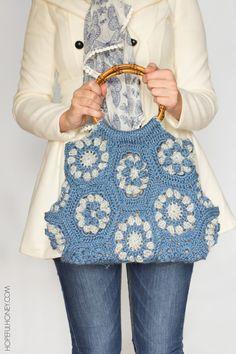 Dahlia Hexagon Handbag: Free Crochet Pattern