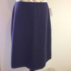 "Old Navy Navy Skirt 12 60% recycled wool 31% polyester 5 % nylon 4% other fiber. Zips back top center. Lined. Silky band around bottom. Length 24"" waist top side to side 16.5"" Old Navy Skirts"