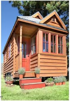Tiny, tiny, tiny houses | The Wallflower | an SFGate.com blog