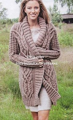 558 Ladies Stunning All-round Cable by HeirloomKnitPatterns 09e8c951820f