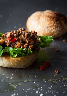 SLOPPY JOE - Trois fois par jour - liked this but not enough sauce.maybe more than cup of ketchup and chicken broth would do it. Diabetic Recipes, Beef Recipes, Healthy Recipes, Recipies, Homemade Fries, Sloppy Joes Recipe, Perfect Food, Food For Thought, Food And Drink