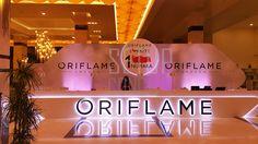 #sahne #dekor #tasarim #design #etkinlik #kurumsaletkinlik #lansman #event #sahnedekor #dekortasarim #gala #meeting #toplanti #stage #stagedesign #organizasyon #oriflame #karşilamadeski