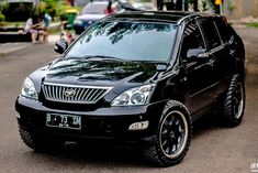 mud tires, strut spacer lift, cargo basket and LED lightbars are all that you need to turn your soccer mom Lexus into a mean battle wagon. Lexus 4x4, Lexus Rx 350, Toyota Harrier, Off Road Parts, Off Road Wheels, Offroader, Camping Spots, Ford Explorer, Japanese Cars
