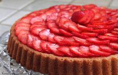 Tarte renversée aux fraises et crème pâtissière