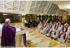 Pope: God walks in history with us and adjusts it's course - Vatican Radio